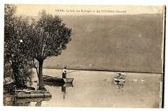 Savoie Aix-les-Bains Lac du Bourget Au Viviers animé bateau - Aix-les-Bains