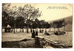 Savoie Aix-les-Bains Le Petit Port Le Lac du Bourget animé - Aix-les-Bains