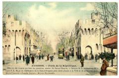Vaucluse Avignon Porte de la République animé - Avignon