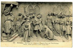 Loiret Orléans Bas relief  Vital-Dubray Jeanne d'Arc présentée au Roi - Orléans