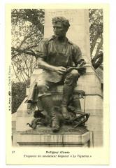 Jura Poligny Fragment du Monument Gagneur Le Vigneron - Poligny