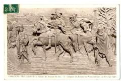 Loiret Orléans Bas relief Jeanne d'Arc Départ de Vaucouleur - Orléans