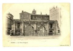 Gard Nimes la Porte d'Auguste - Nîmes