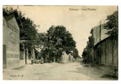 Alpes-de-Haute-Provence Manosque Cours Mirabeau animé - Manosque