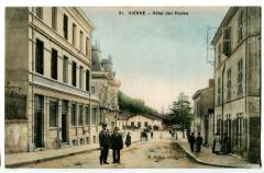 Isère Vienne Hôtel des Postes animé - Vienne