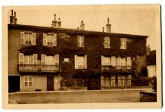 Jura Arbois Maison Paternelle de Pasteur Façade sur la rue de Courcelle - Arbois