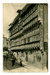 Ain Bourg en Bresse Vieille Maison en Bois animé - Bourg-en-Bresse
