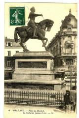 Loiret Orléans Place du Martroi Statue de Jeanne d'Arc - Orléans