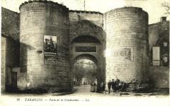 Bouches-du-Rhône Tarascon Porte de la Condamine animé - Tarascon
