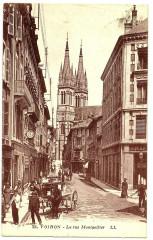 Isère Voiron La rue Montgolfier animé - Voiron