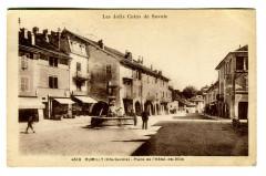 Haute-Savoie Rumilly Place de l'Hôtel de Ville animé - Rumilly