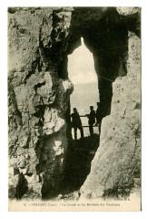 Jura Poligny La grotte et les Rochers des Pénitents animé - Poligny