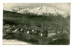 Isère La Mure Vue générale et Montagne du Quaro - Montagne