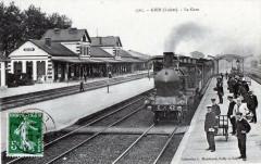 Gien La Gare (TRAIN En Gare Gros Plan - Gien