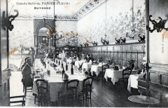 Bayonne Grande Salle Du Panier Fleuri (COMMERCE Magasin - Bayonne