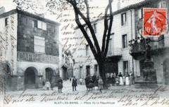Alet Les Bains Place De La Republique  (CPA Animee - Alet-les-Bains