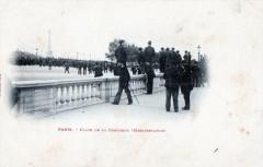 Paris 8e Place De La Concorde Manifestation (dos non divisé) - Paris 8e