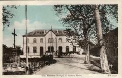 Escosse Ecole Et Mairie ( pas courante - Escosse