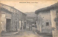 Menaucourt Rue De L'Eglise (cpa pas courante - Menaucourt