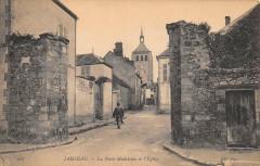 Jargeau La Porte Madeleine Et Eglise - Jargeau