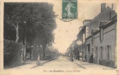 La Buissiere Route De Gien - Gien