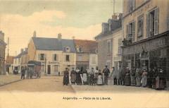 Angerville Place De La Liberte (animée  cpa toilée émaillée - Angerville