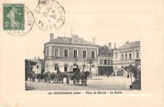 Chateauroux Place Du Marche La Mairie (attelages - Châteauroux