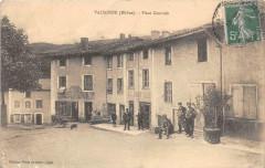 Valsonne Place Centrale (cliché pas courant - Valsonne