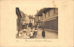 Une Rue A Mouleydier Dordogne - Mouleydier