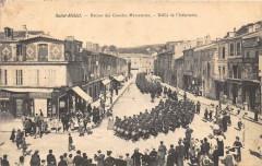 Saint Mihiel Retour Des Grandes Manoeuvres Defile De L'Infanterie (animée - Saint-Mihiel