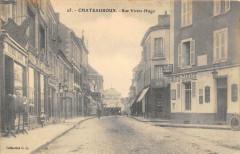 Chateauroux Rue Victor Hugo (dos non divisé) - Châteauroux