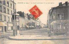 Roanne En 1904 La Place St Jean Et La Rue Brison (cliché pas courant - Roanne