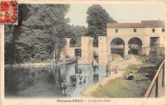 Maisons Alfort Le Moulin Brule (cliché pas courant avec les pecheurs 94 Maisons-Alfort