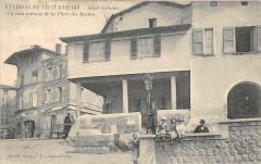 Saint Galmier Un Coin Antique Place Des Roches - Roche