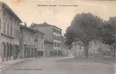 Bessenay Un Coin De La Place - Bessenay
