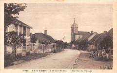 Vy Le Ferroux Entree Du Village (cpa pas courante - Vy-le-Ferroux