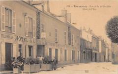 Beaugency Rue De La Maille D'Or Hotel De L'Ecu (cpa pas courante - Beaugency