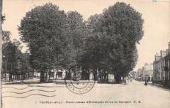Tours Place Loiseau D'Entraigues Et Rue Du Rempart (cliché pas courant - Tours