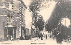 Mayenne Rue Colbert - Mayenne
