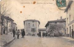 Valsonne Arrivee Sur La Place - Valsonne