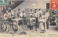 Sorede Maison Massat Fabrique De Fouets - Sorède