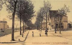 Fontenay Sous Bois La Route Strategique (cpa émaillée 94 Fontenay-sous-Bois