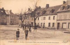 Charensat La Grande Place Vue Prise Sur La Route D'Auzances (cliché pas c - Charensat