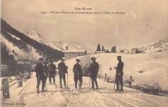 Les Alpes Officiers Skieurs En Reconnaissance Dans La Vallee De Nevache - Névache