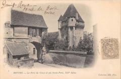 Nevers La Porte Du Croux Et Son Avant Porte (dos non divisé) - Nevers