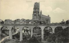 Albi La Cathedrale Et Le Castel Viel - Albi