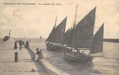 Les Sables D'Olonnes La Sortie Du Port - Les Sables-d'Olonne
