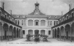 Flers Cour D'Honneur Du College - Flers