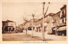 Vic Fezensac Place De La Mairie - Vic-Fezensac