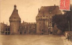 Chateau De Jonzac - Jonzac